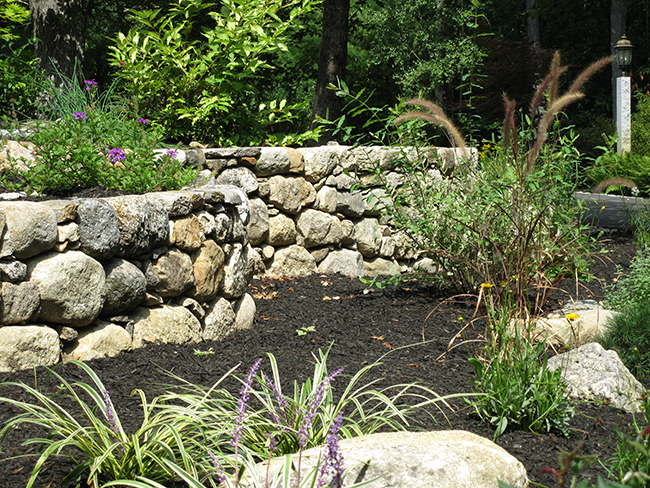 New England Accents are experienced stone wall builders in New Hampshire